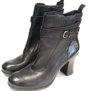 Born Shoes - Born Chyler Black Boots Ankle Booties Western